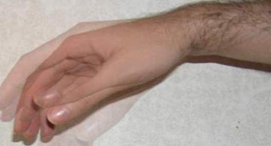 Почему постоянно трясутся руки