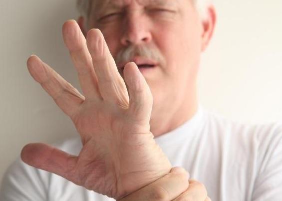 Эссенциальный тремор рук