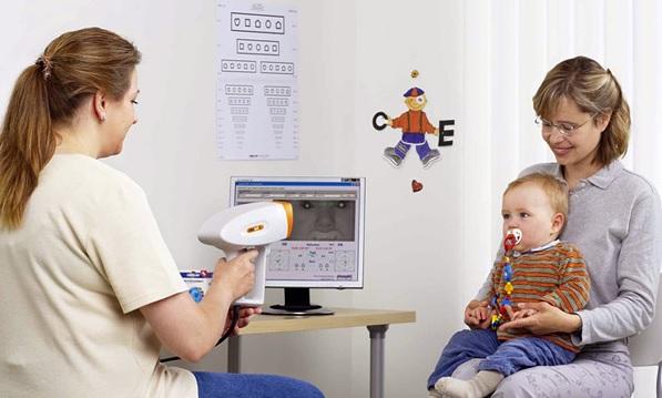 Горизонтальный нистагм у новорожденных и взрослых