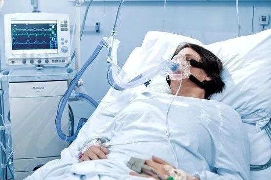 При коматозном состоянии проявляются симптомы