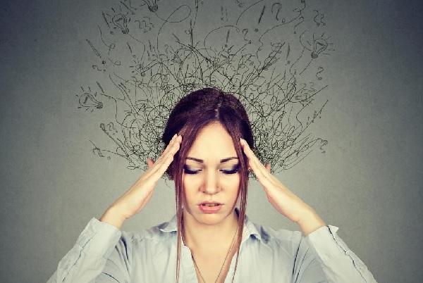 Симптомами невроза навязчивых состояний