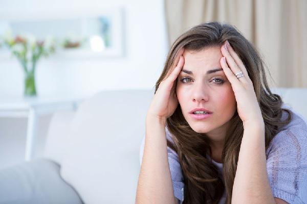 Ноющая головная боль