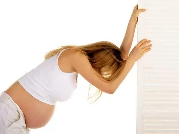 Обморок при беременности на ранних сроках, во 2 триместре