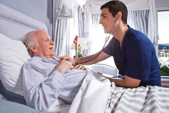 Сколько лежат в реанимации после инсульта