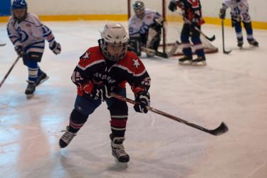 Мальчик хоккеист
