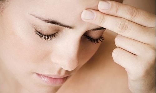 Мигрень с аурой симптомы