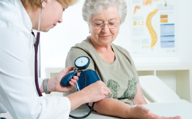 Скачкообразный рост давления при инсульте
