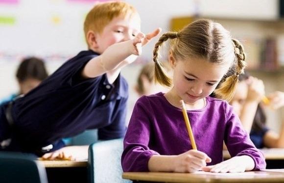 Симптомы СДВГ у подростков и детей