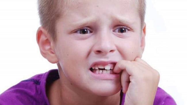 Клинические симптомы детского невроза