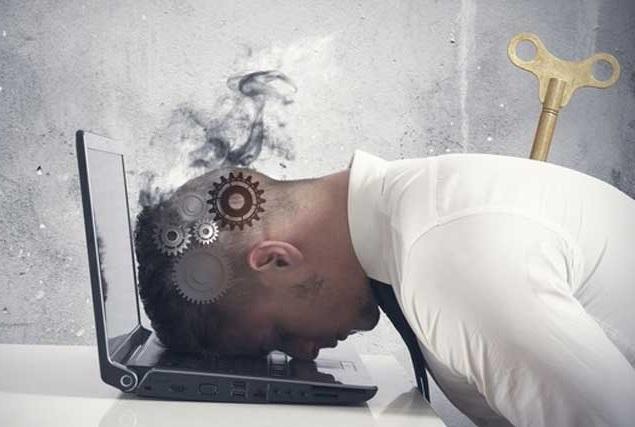 На стадии истощения признаки синдрома эмоционального выгорания